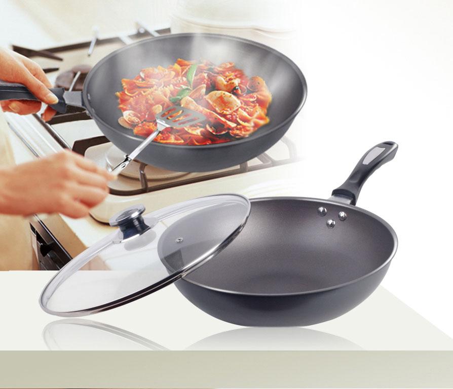 数量: 产品描述 生铁锅是世界卫生组织极力推荐的厨具,是因为在炒菜